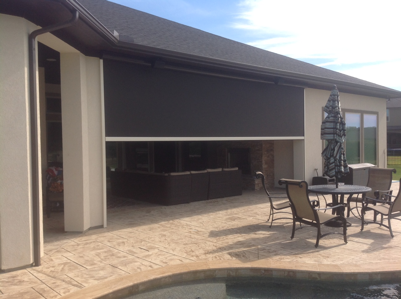 Houston Tx Motorized Retractable Screens Solar Screens