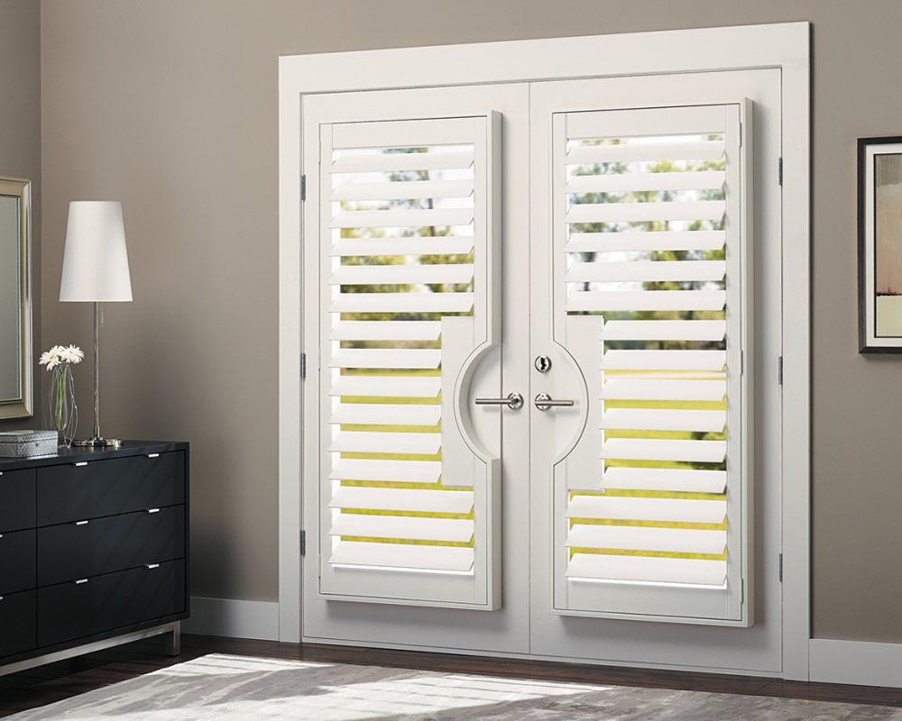Houston tx plantation shutters faux wood texas for Wood doors and shutters