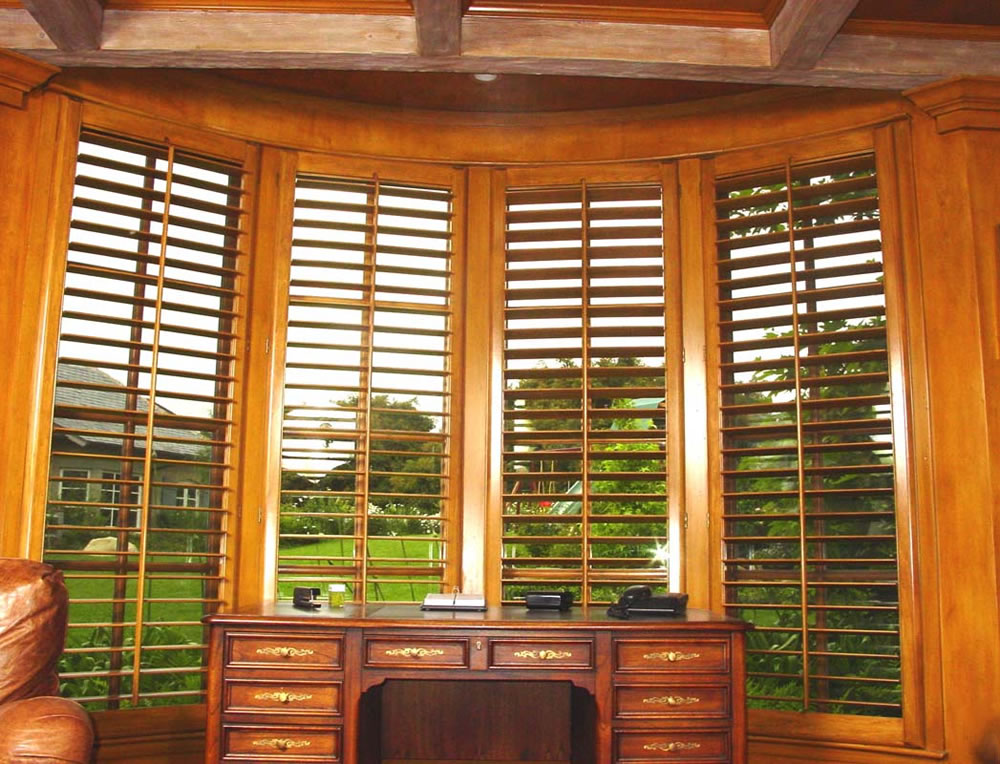 houston tx plantation shutters faux wood texas. Black Bedroom Furniture Sets. Home Design Ideas