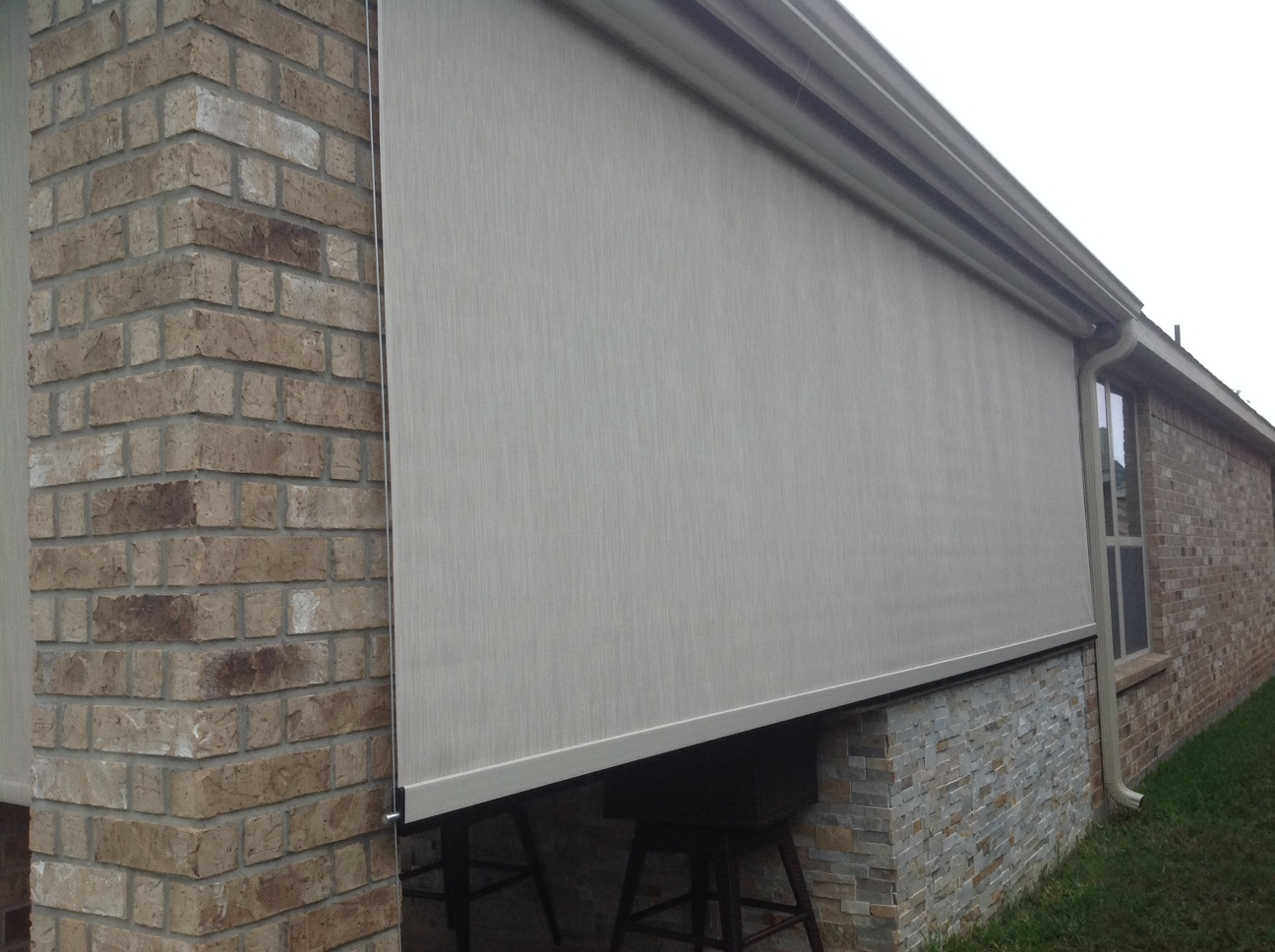 houston-motorized-retractable-screens (17)