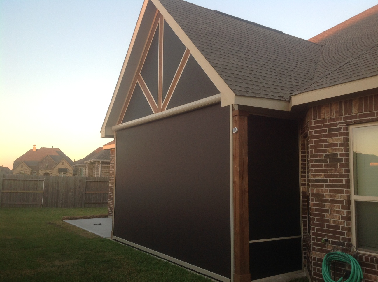 houston-motorized-retractable-screens (52)