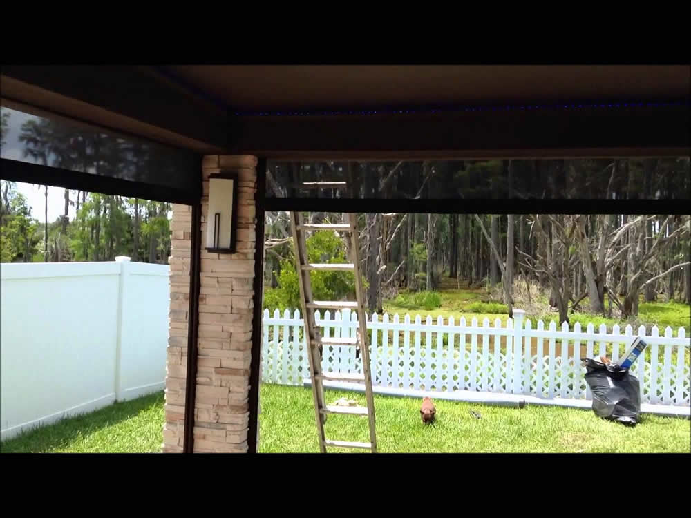 004 Motorized Retractable Screen - Galveston, TX