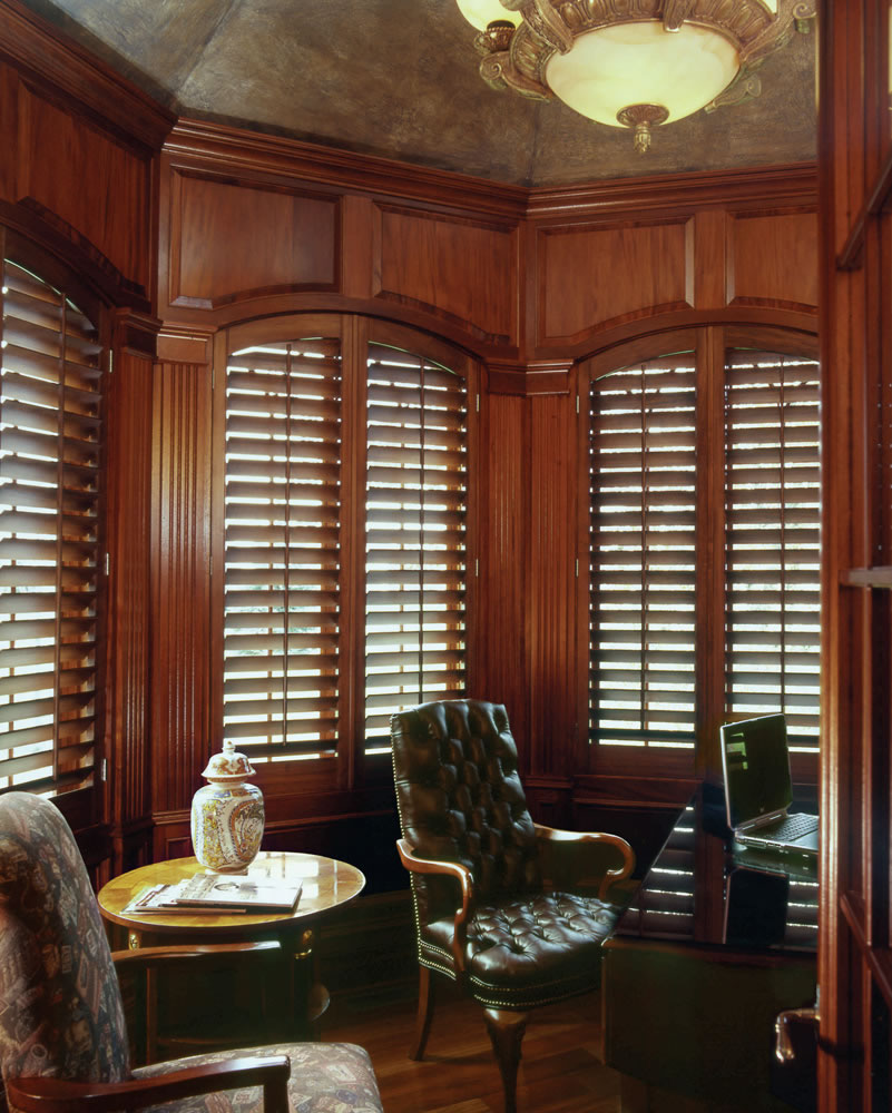 harris-county-plantation-shutters-02.jpg